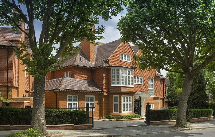 Primrose Hill , London, NW3